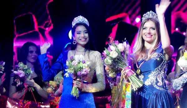 Năm 2014, Phạm Hương tham dự cuộc thi Hoa hậu thể thao thế giới, tổ chức ở Nga. Người đẹp giành giải Á hậu 1.