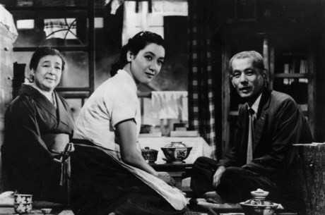 Tokyo Story(1953) của đạo diễn Yasujirō Ozu được LHP Busan bầu chọn là phim châu Á hay nhất mọi thời đại.