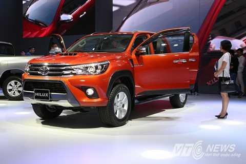 Tất cả các phiên bản Hilux 2015 được nhập từ Thái Lan về Việt Nam đều sử dụng động cơ diesel