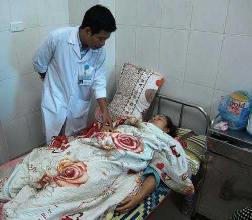Nạn nhân Trần Thị Dung bị chấn thương ở đầu, hết sức bấn loạn, chưa nói năng được gì