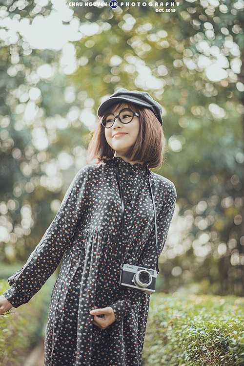 Trịnh Thúy Kiều (1997) là gương mặt được biết đến với vai trò là mẫu ảnh. Cô còn là diễn viên trong nhiều clip ngắn nhưSợi chỉ, Vua nói dối, Người ấy và anh...
