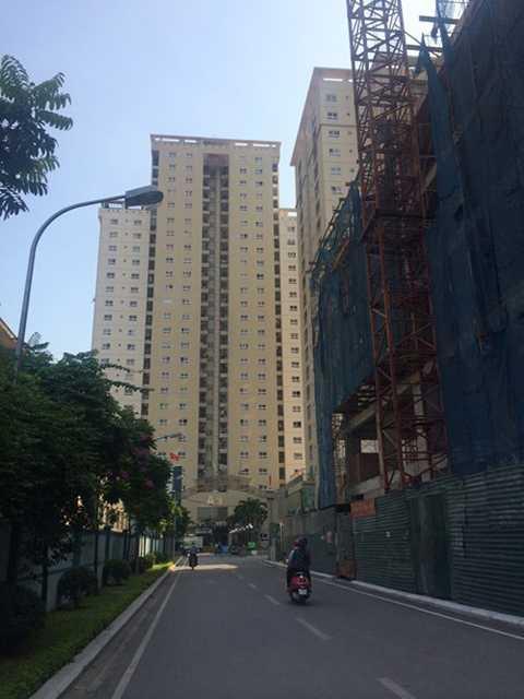 Hàng loạt cao ốc sai phạm ở Thủ đô ( trong ảnh là hình ảnh Dự án Thăng Long Garden).