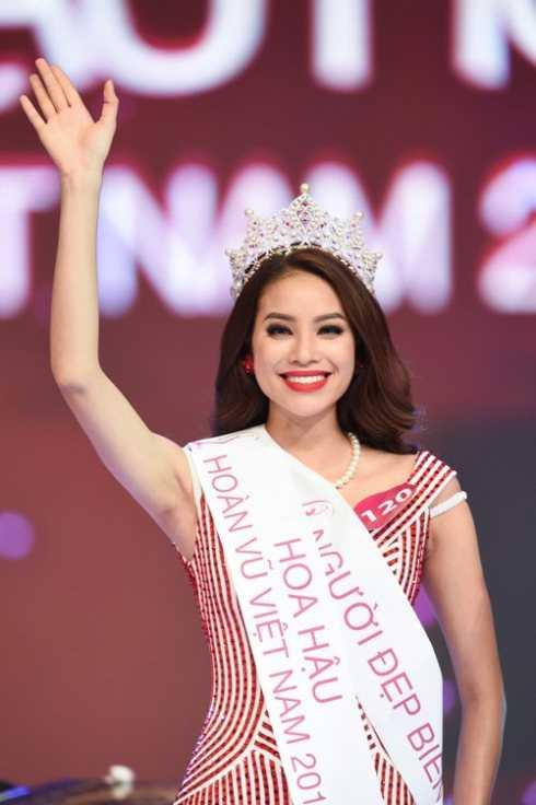 Phạm Hương là một trong số những hoa hậu nhận được khá nhiều sự yêu mến, ủng hộ từ đông đảo công chúng sau đăng quang