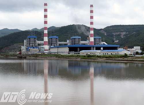 Với lợi thế vùng đất Mỏ có trữ lượng than lớn nhất cả nước, Quảng Ninh hiện đang là trung tâm sản xuất nhiệt điện lớn của cả nước - Ảnh MK
