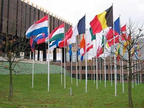 Quốc kỳ các quốc gia trước Tòa  án Công lý châu Âu tại Luxembourg