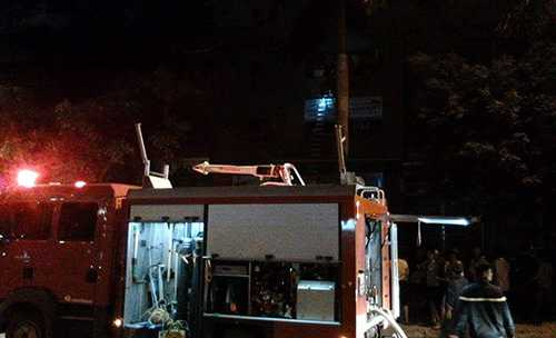 Xe cứu hoả đã có mặt tham gia chữa cháy - Ảnh Vietnamnet