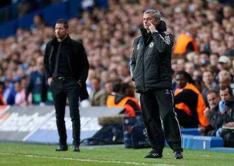 Tương lai Mourinho bất ngờ bị lung lay