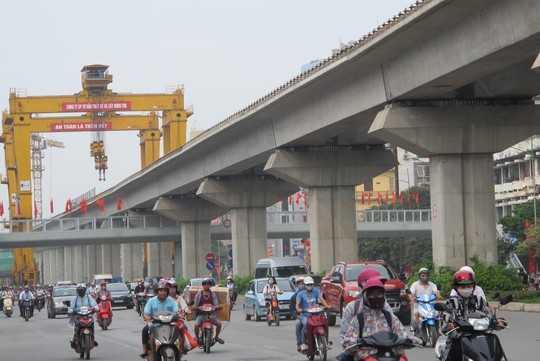 Dự án đường sắt trên cao Cát Linh - Hà Đông tăng tổng mức đầu tư hơn 315 triệu USD so với ban đầu Ảnh: Văn Duẩn