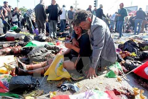 Các nạn nhân vụ đánh bom ở nhà ga tàu hỏa trung tâm thủ đô Ankara ngày 10/10