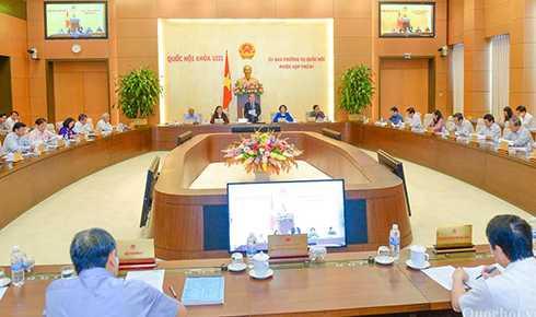 Một phiên họp của Ủy ban Thường vụ Quốc hội