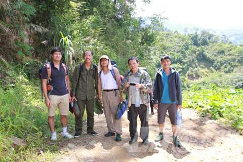 Đoàn thám hiểm vào núi Ngọc Linh
