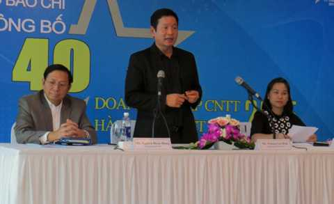 Ban tổ chức công bố danh sách 40 Doanh nghiệp tại cuộc họp báo. Ảnh: A.T