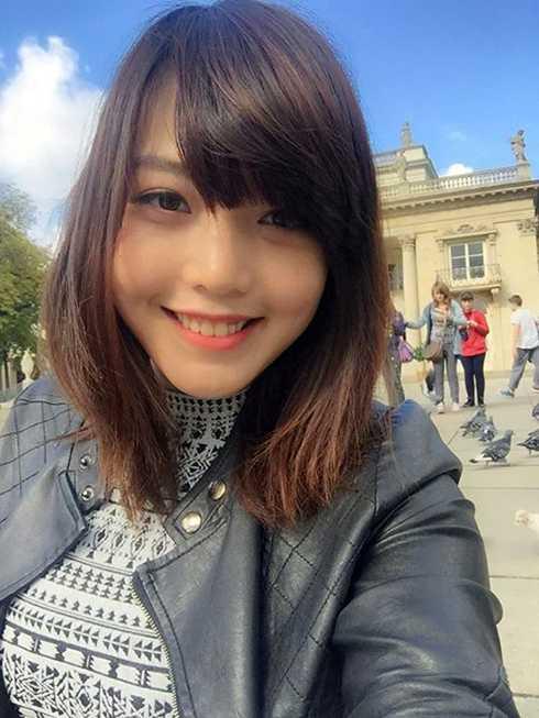Dương Hồng Linh sinh năm 1991, hiện đang là du học sinh tại trường University of Cassino ở Italy. Cô nàng này là một người hướng ngoại, thích tham gia các hoạt động tập thể.