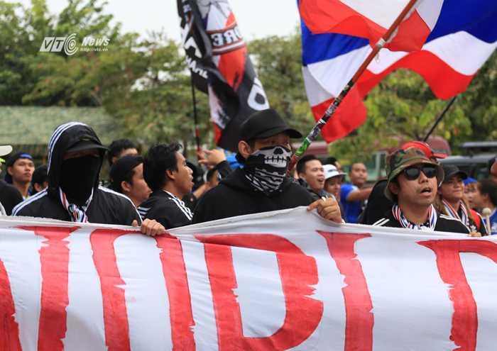Nhóm Ultras Thái Lan hứa hẹn khuấy đảo sân Mỹ Đình (Ảnh: Phạm Thành)