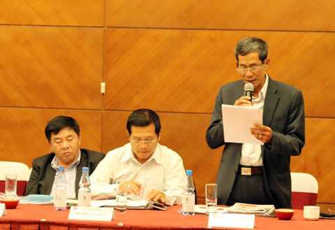 Trưởng Ban kiểm tra VFF Nguyễn Nam Hùng báo cáo tại Hội nghị (Ảnh: VFF)