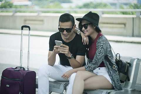 Được biết, sau chuyến đi này, cặp đôi sẽ có chuyến lưu diễn dài ngày tại Mỹ và có buổi chụp hình tại đây.