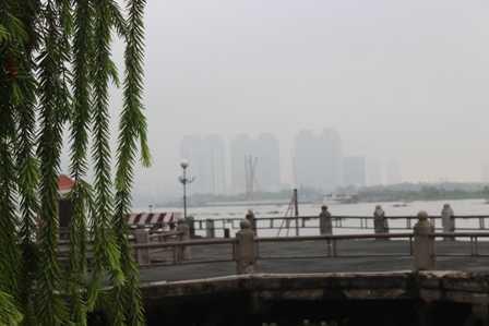 Một góc Sài Gòn trong sương sớm