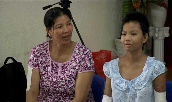 Cháu Kim Linh trong ngày xuất viện