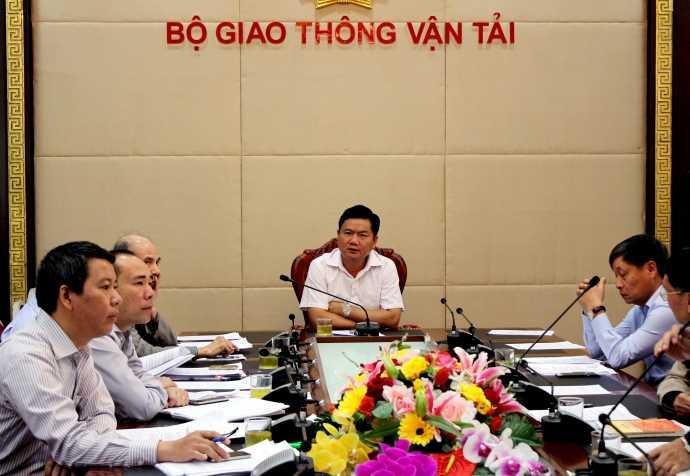 Bộ trưởng Đinh La Thăng chủ trì cuộc họp