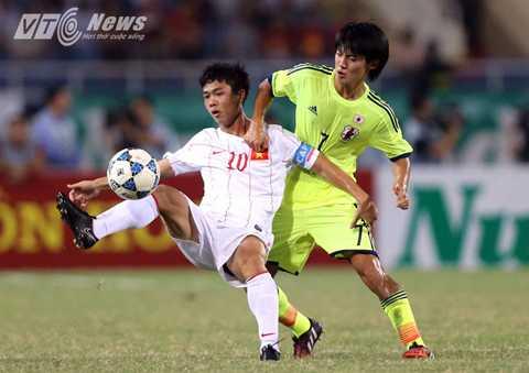 Công Phượng sẽ có cơ hội phát triển tốt hơn khi chơi bóng ở Nhật Bản (Ảnh: Quang Minh)
