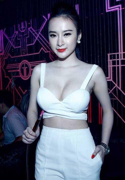 Số scandal mà Angela Phương Trinh sở hữu còn lớn hơn cả số tuổi của cô.