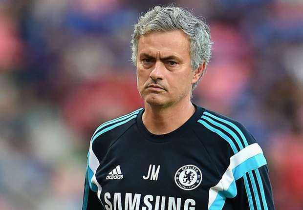 Jose Mourinho sẽ không rời Chelsea ở mùa giải này
