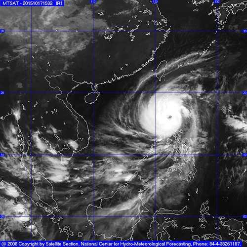 Bão Koppu giật cấp 17 đang hoành hành trên đất liền Philippines