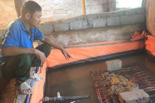 Thông tin nuôi lươn bằng thuốc tránh thai đang khiến cho người nông dân khốn đốn