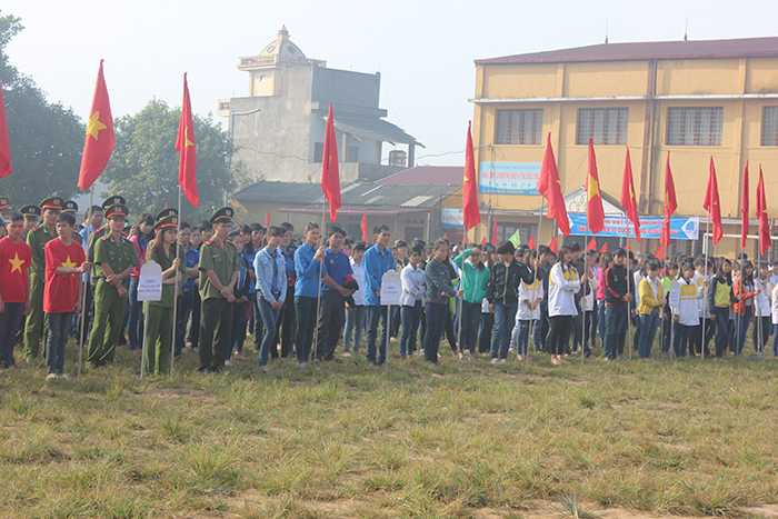 """1.500 Đoàn viên, thanh niên tham gia Lễ ra quân """"Tình nguyện mùa Đông 2015"""" và """"Xuân tình nguyện 2016"""""""