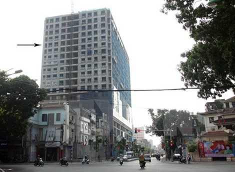 Nhà 8B Lê Trực xây vượt chiều cao 16 m so với giấy phép, tương đương 5 tầng