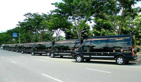 Công ty Tường Gia Thịnh Phát tiếp nhận dàn xe DCar Limousine sang trọng