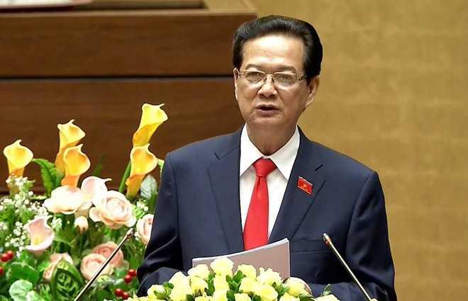 Thủ tướng Nguyễn Tấn Dũng nhận định nợ công tăng nhanh, áp lực trả nợ lớn