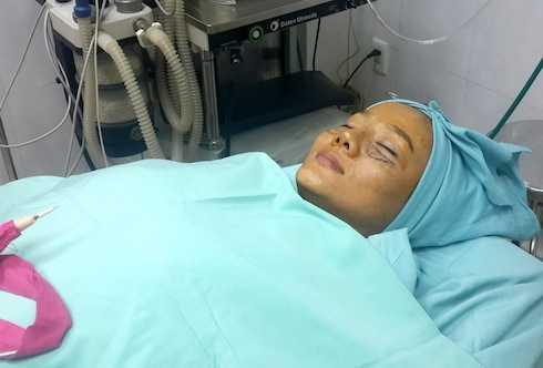 Dương Yến Ngọc công khai hình ảnh phẫu thuật thẩm mỹ.
