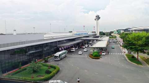 Cảng hàng không quốc tế Tân Sơn Nhất bị liệt vào danh sách 10 sân bay tệ nhất châu Á năm 2015. Ảnh: Trường Nguyên.