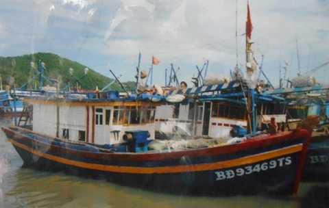 Tàu cá của anh Linh lúc chưa xảy ra vụ tai nạn. Ảnh: Phi Long