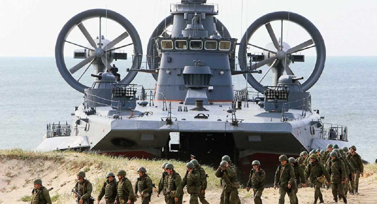 Tàu đổ bộ của quân đội Nga