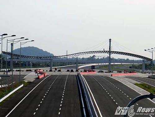 Đường ô tô cao tốc Hà Nội - Hải Phòng dự kiến được khánh thành vào cuối năm 2015 - Ảnh MK