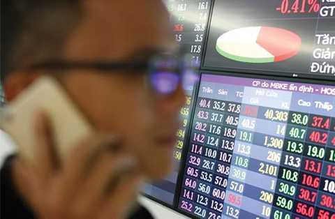 Giá cổ phiếu nhiều ngân hàng trước 10 phần giờ chỉ còn lại 1.