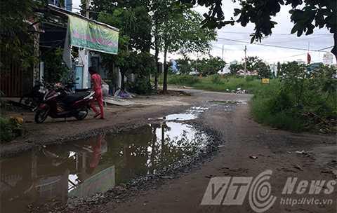 Con đường '5 không' chỉ cách con đường Võ Văn Kiệt nối cầu Rồng với biển Mỹ Khê vài chục mét