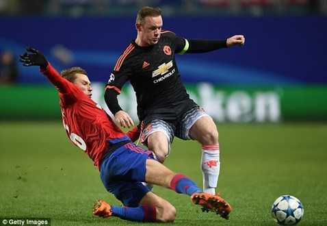 Rooney vẫn chưa có bàn thắng nào ở vòng bảng Champions League
