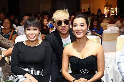 MC Nguyễn Cao Kỳ Duyên sẽ là Giám khảo chính thức của chương trình cùng với đạo diễn - NSƯT - Thạc sĩ Nghệ thuật học Đức Hải, diễn viên hài Việt Hương và Trấn Thành.