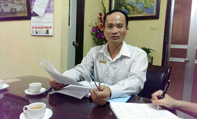 Ông Trần Thái Khanh, Chủ tịch công đoàn trường Trung cấp Y Hà Nội trao đổi với VTC News
