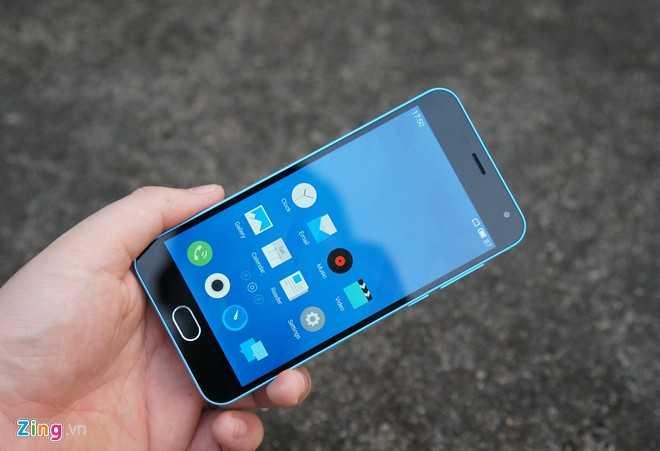 Meizu M2 - chiếc smartphone nội địa Trung Quốc mới về nước với giá 2,5 triệu đồng. Ảnh: Thành Duy.
