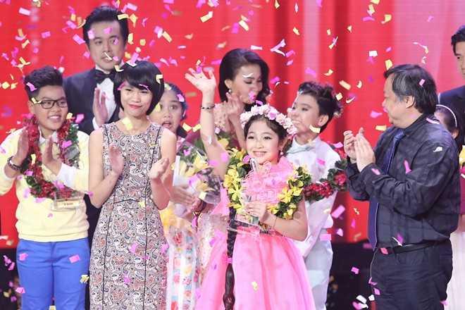 Hồng Minh đăng quang quán quân Giọng hát Việt nhí 2015