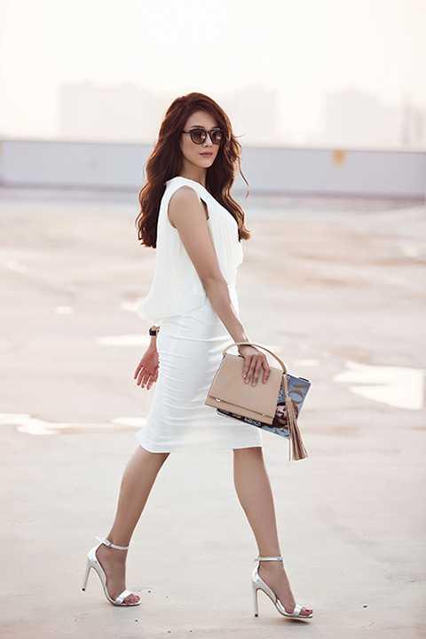 Ngoài đời thường, Diệp Lâm Anh là một cô gái xinh đẹp và dễ thương. Cô luôn