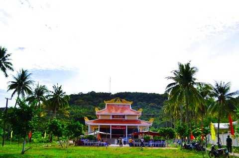 Khu tưởng niệm hơn 500 người dân bị Khmer Đỏ thảm sát trên đảo Thổ Chu. Ảnh tư liệu