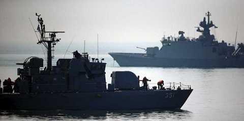 Tàu chiến Hàn Quốc ở khu vực biên giới trên biển nước này