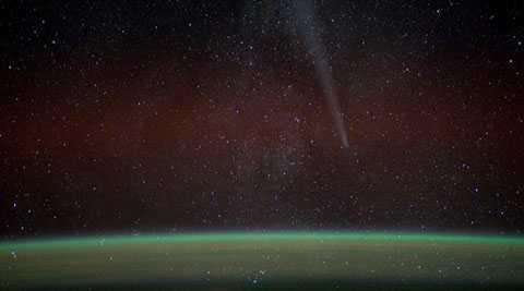 Sao chổi Lovejoy đã giải phóng lượng cồn tương đương với ít nhất 500 chai