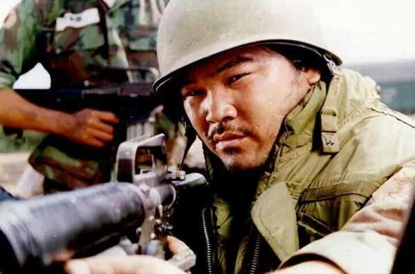 Lê Quang bắt đầu bén duyên với điện ảnh từ năm 1991