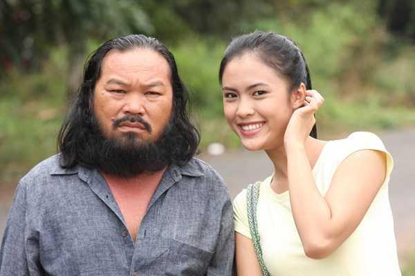 Không đẹp trai hào hoa, nhưng Quang có gương mặt đậm chất điện ảnh